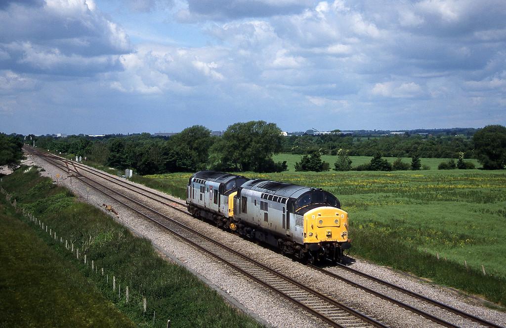37178/37154, up light, Bourton, near Swindon, 8-6-99.