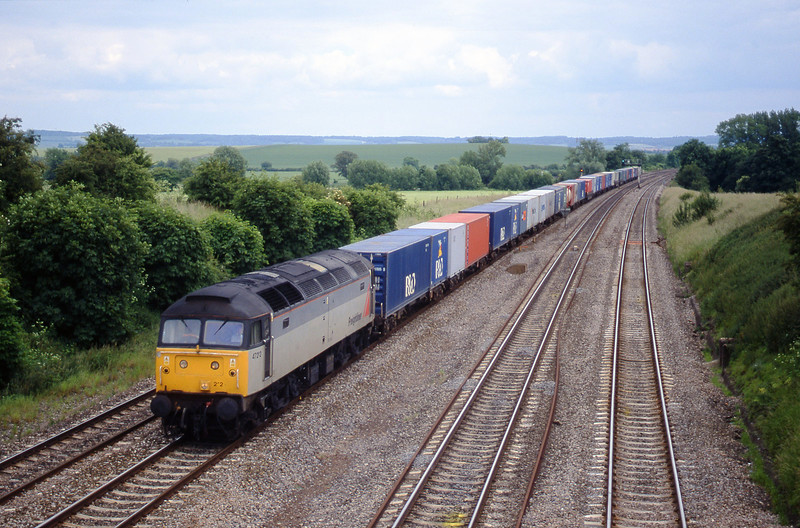 47212, 12.25 Southampton-Leeds, South Moreton, near Didcot, 8-6-99.
