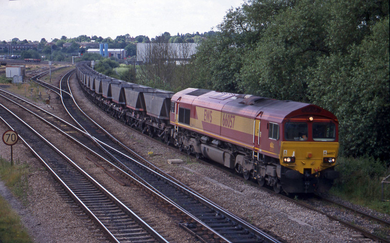 66057, down mgr empties, Didcot North Junction, 15-6-99.