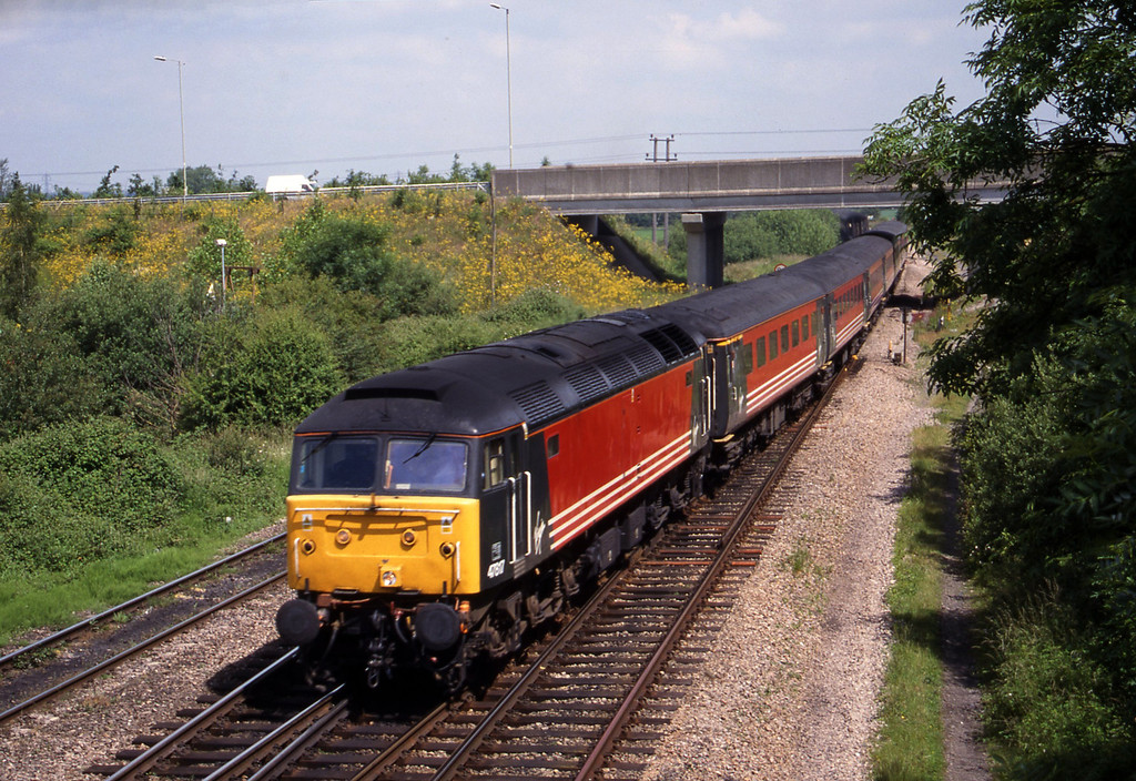 47817, 08.17 Manchester Piccadilly-Bournemouth, Didcot North Junction, 15-6-99.