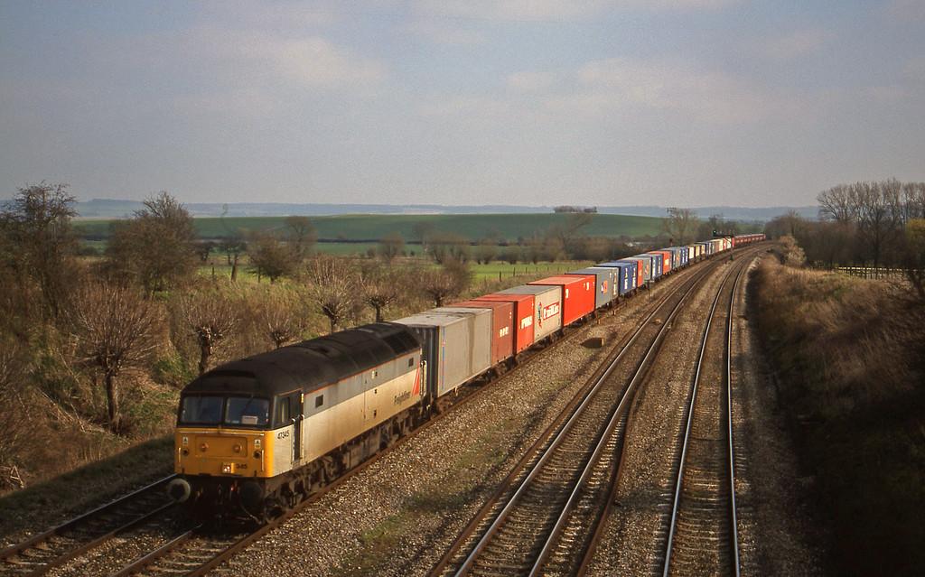 47345, 12.25 Southampton-Leeds, South Moreton, near Didcot, 16-3-99.