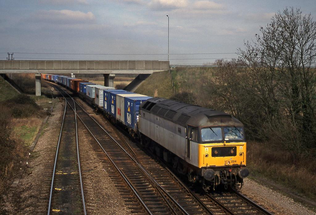 47224, 03.45 Leeds-Southampton, Didcot North Junction, 16-3-99.