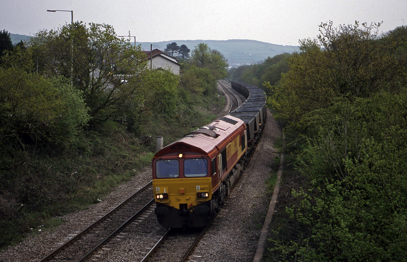 66073, Llanwern-Grange Sidings, Brynna, near Bridgend, 4-5-99.