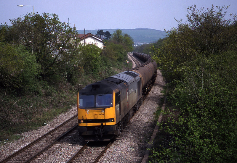 60080, down tanks, Brynna, near Bridgend, 4-5-99.