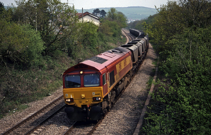 66005, 11.33 Llanwern-Grange Sidings, Brynna, near Bridgend, 4-5-99.