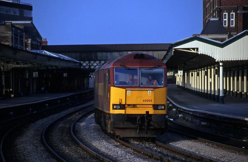 60005, 16.11 Ebbw Vale-Llanwern-Margam, Newport, 4-5-99.