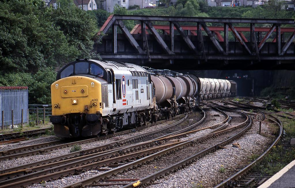 37430, 13.57 Cardiff Canton-Mossend, Newport, 11-5-99.