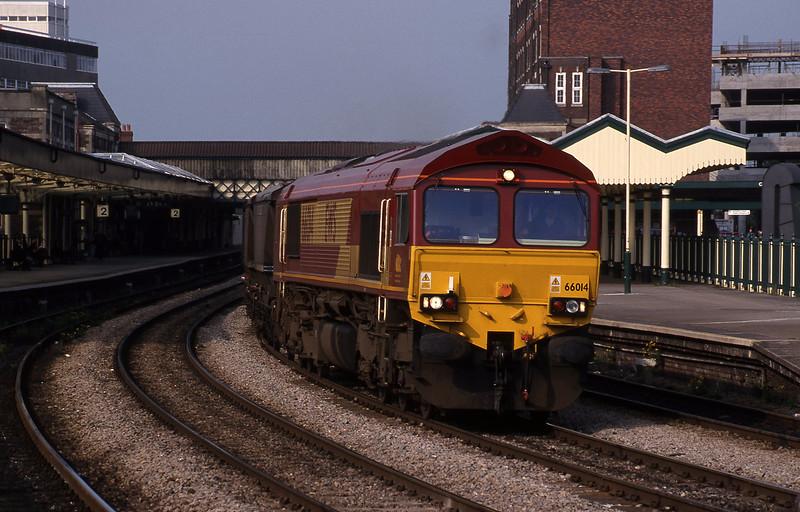 66014, Llanwern-Grange Sidings, Newport, 19-5-95.
