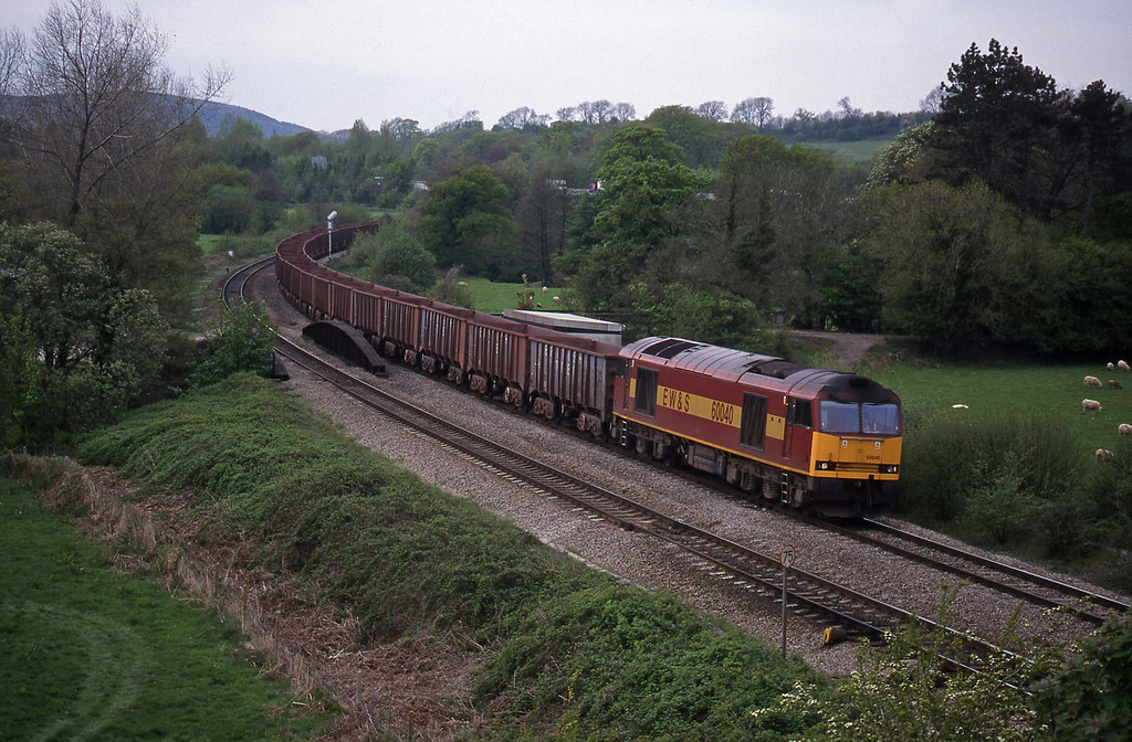60040, 14.37 Port Talbot-Llanwern, Miskin, near Pontyclun, 4-5-96.