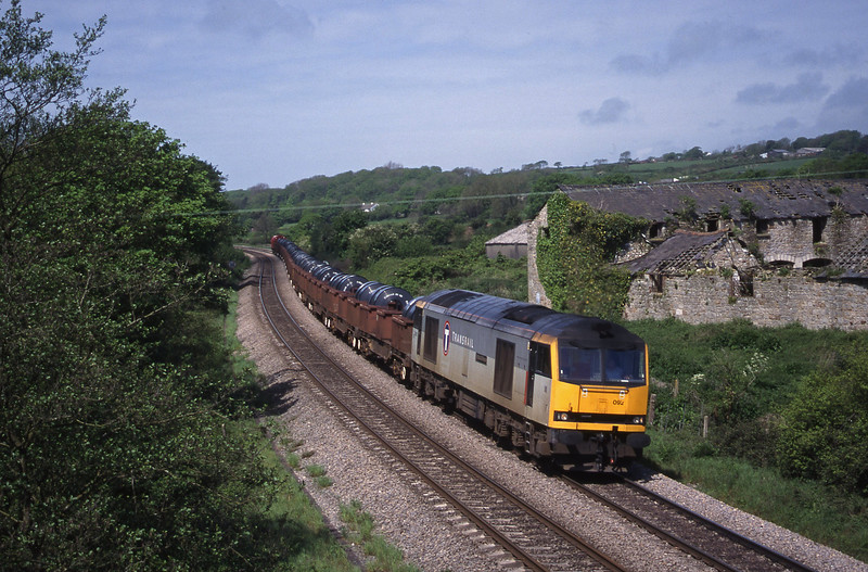 60092, 10.52 Margam-Dee Marsh, Llangewydd Court Farm, near Bridgend, 11-5-99.