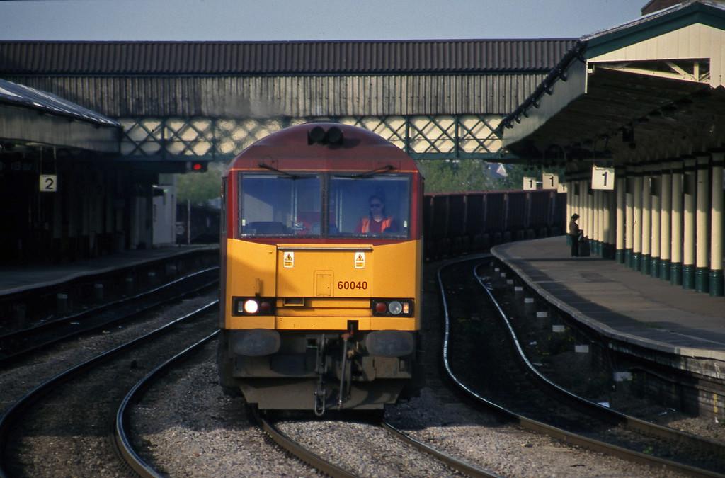 60040, 18.58 Llanwern-Port Talbot, Newport, 4-5-99.