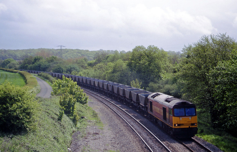 60041, 10.20 Aberthaw Power Station-Onllwyn, Llangewydd Court Farm, near Bridgend, 11-5-99.