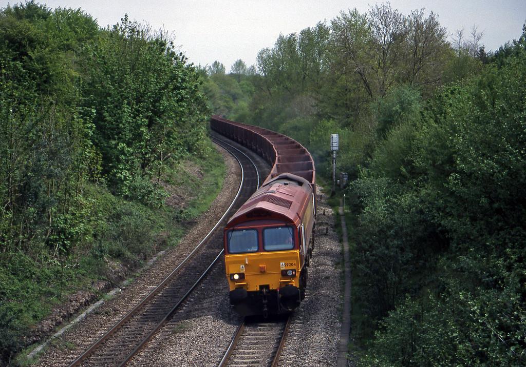 59204, Llanwern-Port Talbot, Miskin, near Pontyclun, 4-5-96.