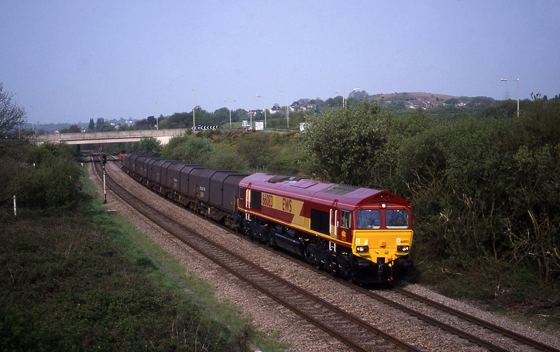 66083, up steel, Brynna, near Bridgend, 4-5-99.