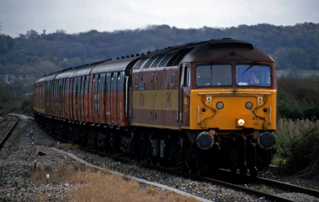 47760/47725, top'n'tail 14.33 Bristol Temple Meads-Cardiff Central, Pilning, 4-11-99.