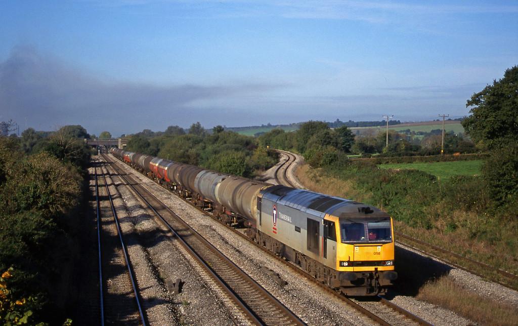 60058, 05.40 Robeston-Westerleigh, Llandevenny, near Llanwern, 12-10-99.