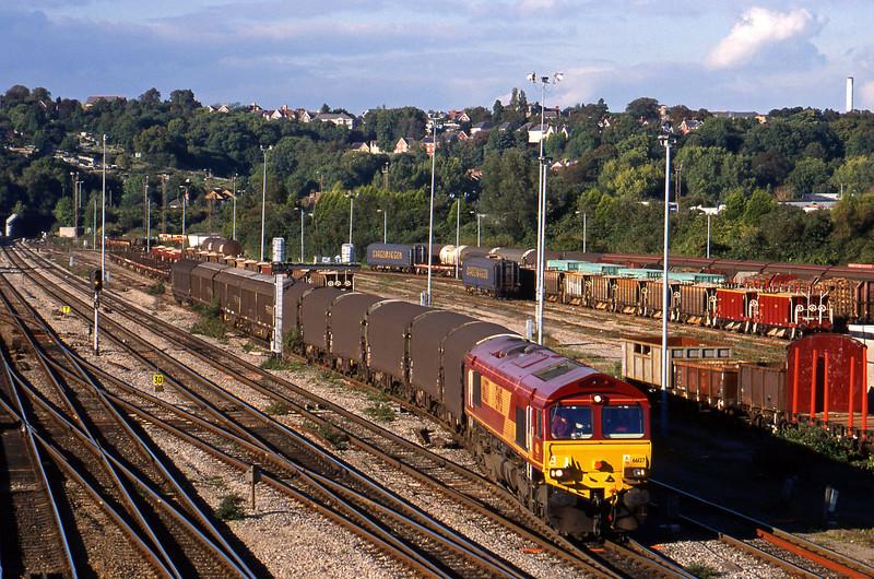 66127, down steel, Newport Alexandra Dock Junction, 5-10-99.