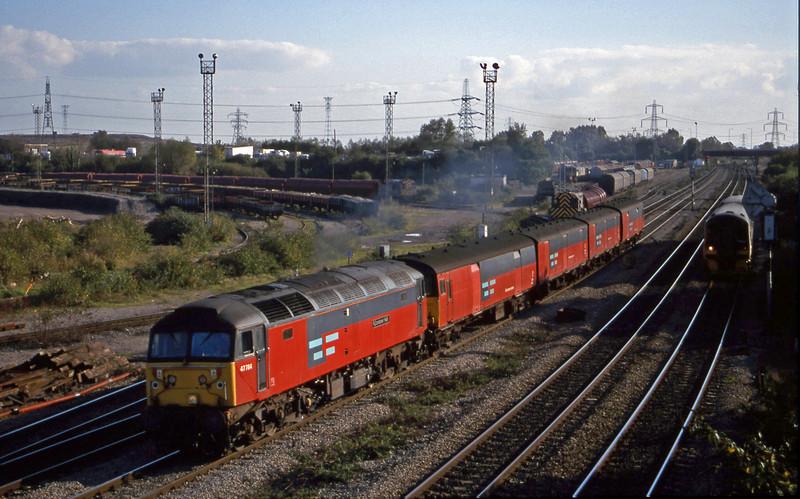 47784, 14.25 Swansea-London, Newport Alexandra Dock Junction, 12-10-99. 158825, up.