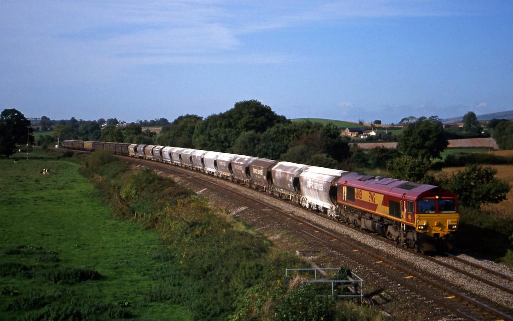 66051, 10.35 Exeter Riverside Yard-Dollands Moor, Silverton, near Exeter, 11-10-99.