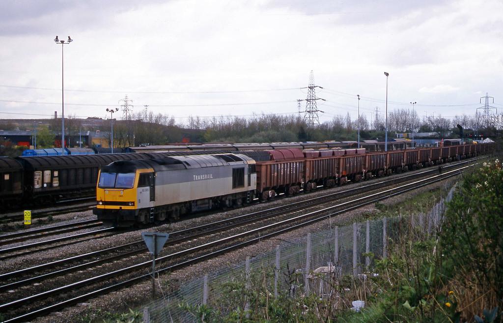 66085, 11.02 Port Talbot-Llanwern, Newport Alexandra Dock Junction Yard, 5-4-00.