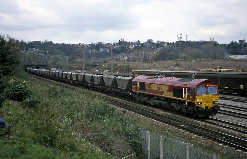 66197, 14.25 Llanwern-Grange Sidings, Newport Alexandra Dock Junction Yard, 5-4-00.