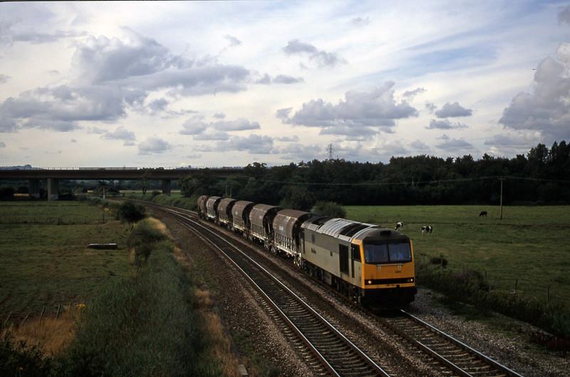 60094, 08.57 Cliffe Vale-St Blazey, Exminster, near Exeter, 8-8-00.