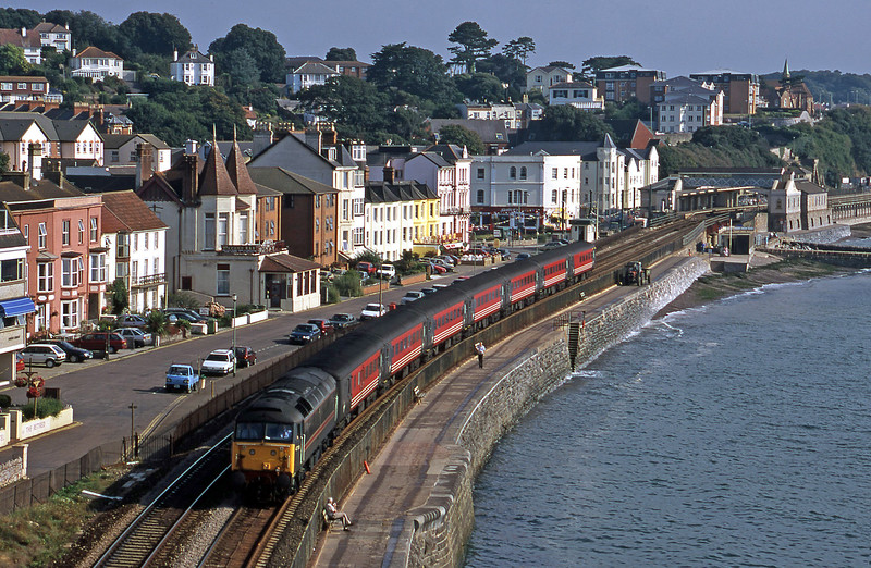 47709, 06.05 Derby-Plymouth, Dawlish, 30-8-00.