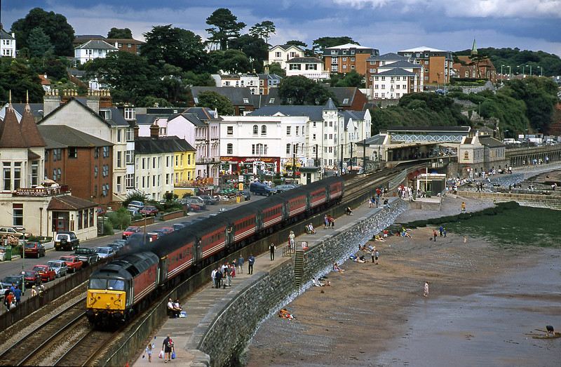 47747, 09.13 LKiverpool Lime Street-Plymouth, Dawlish, 28-8-00.