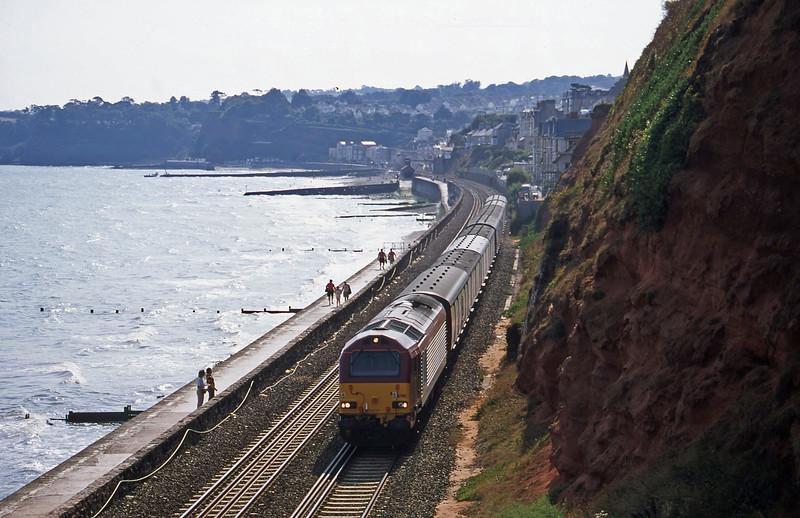 67011, 15.09 Plymouth-Low Fell, Dawlish, 30-8-00.
