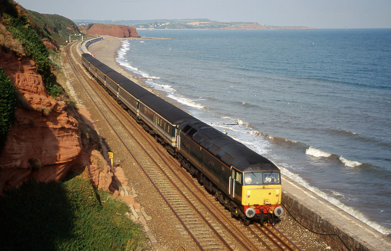 47846, 14.03 London Paddington-Plymouth, Dawlish, 30-8-00.