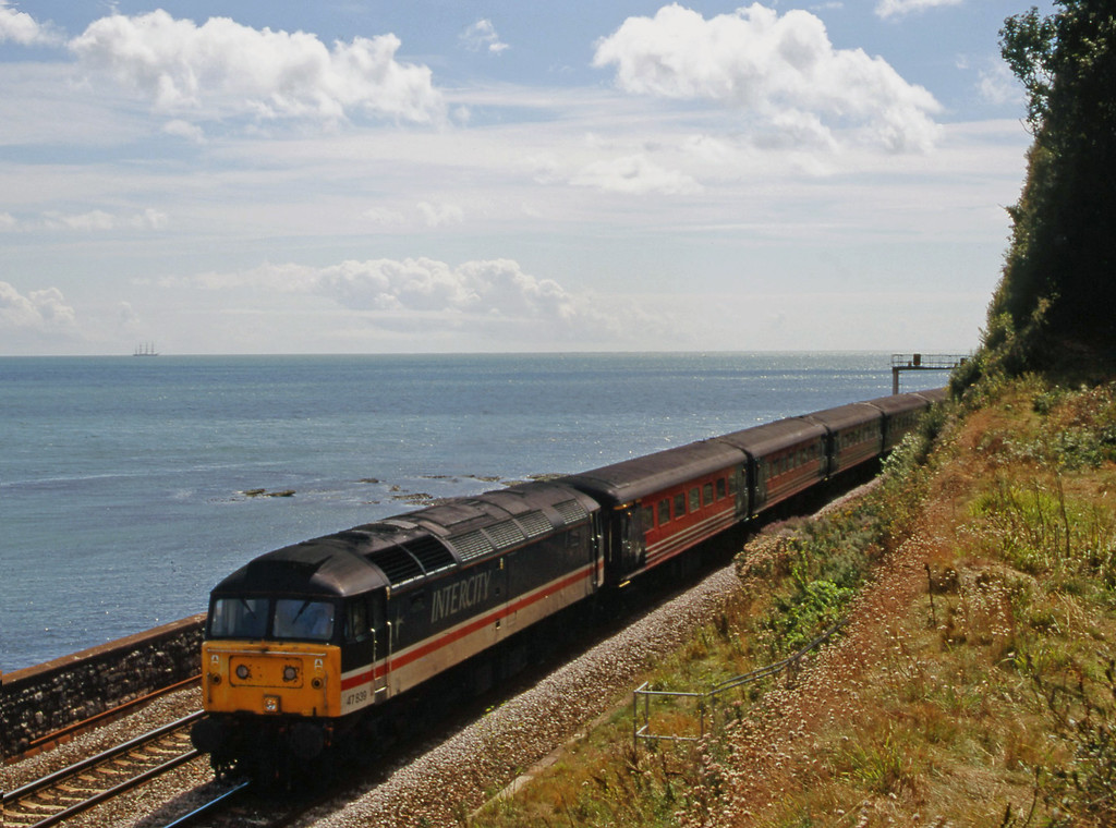 47839, 11.50 Plymouth-Liverpool Lime Street, Horse Cove, Dawlish, 16-8-00.