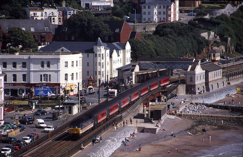 47839, 06.05 Derby-Paignton, Dawlish, 16-8-00.