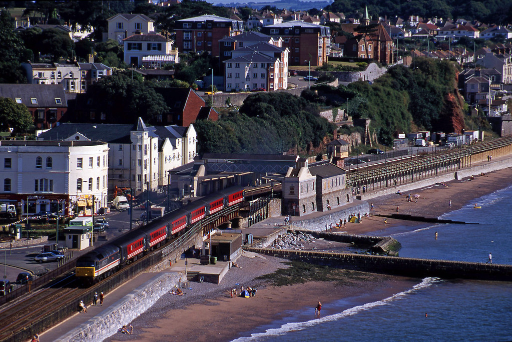 47854, 06.05 Derby-Plymouth, Dawlish, 15-8-00.
