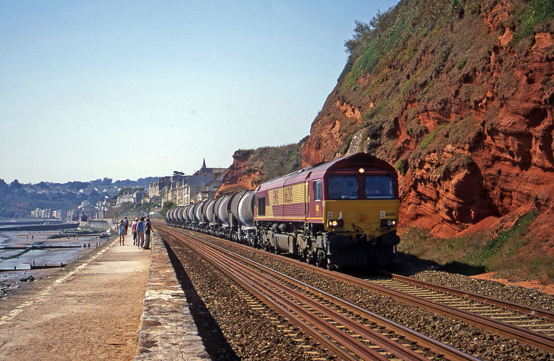 66205, 09.40 Burngullow-Irvine, Dawlish, 30-8-00.