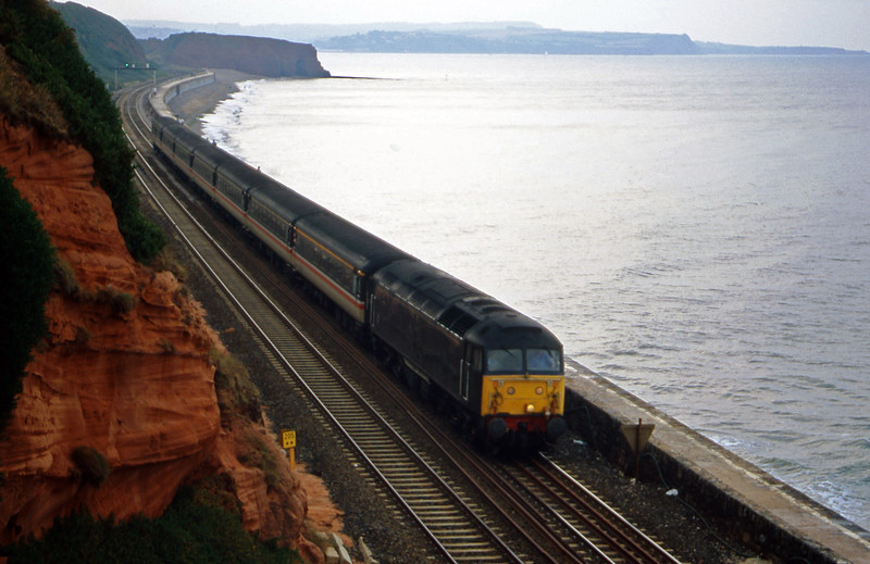 47712, 08.40 Glasgow-Penzance, Dawlish, 26-8-00.