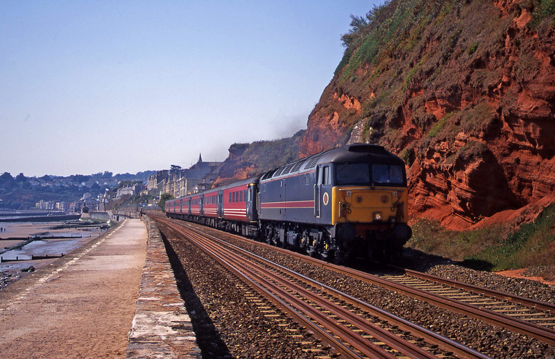 47709, 11.50 Plymouth-Liverpool Lime Street, Dawlish, 30-8-00.