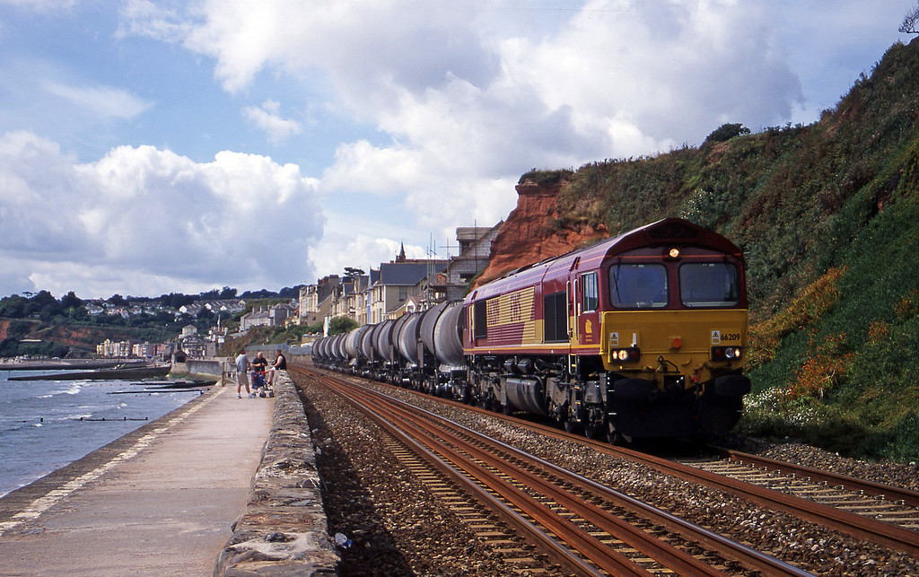 66209, 09.40 Burngullow-Irvine, Dawlish, 16-8-00.