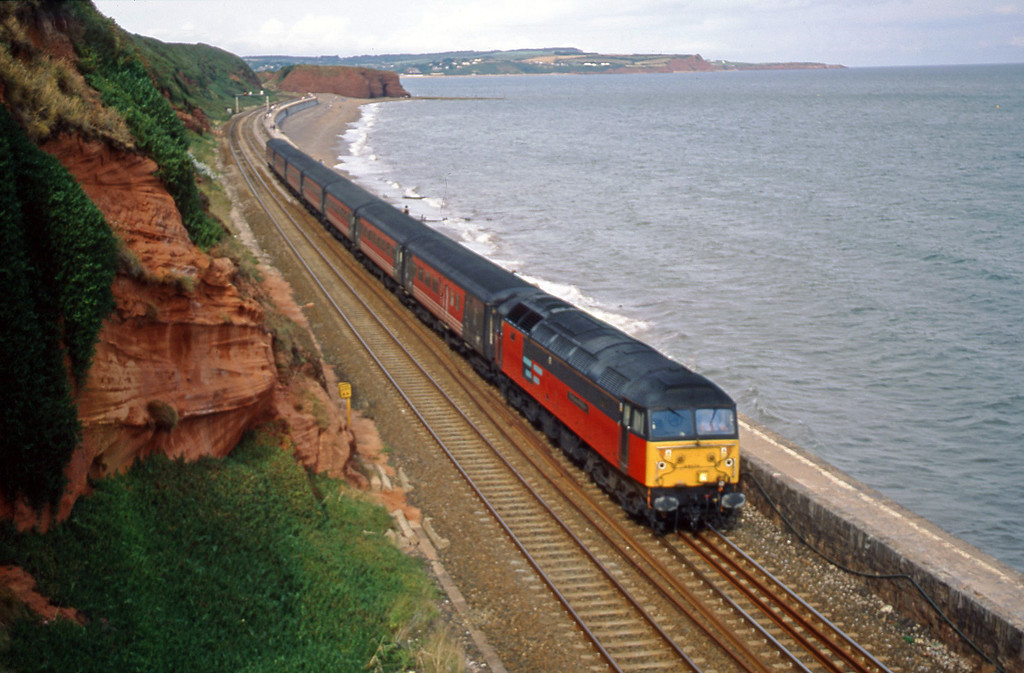 47722, 08.40 Glasgow-Penzance, Dawlish, 16-8-00.
