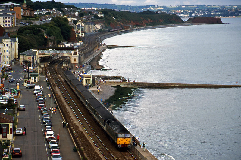 47846, 14.03 London Paddington-Plymouth, Dawlish, 28-8-00.