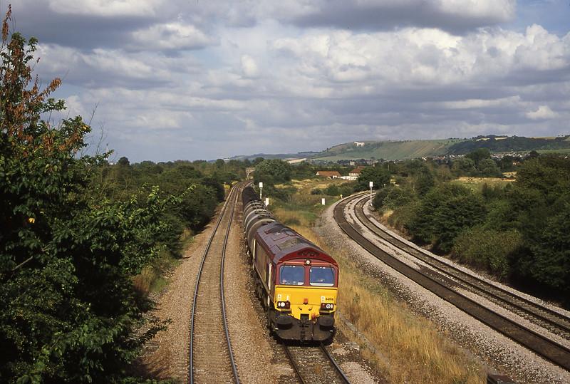 66106, 13.34 Fawley-Plymouth Tavistock Junction Yard, Fairwood Junction, Westbury, 1-8-00.