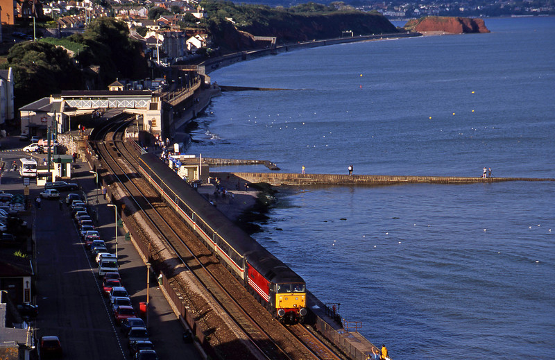 47840, 10.30 Glasgow-Penzance, Dawlish, 27-8-00.