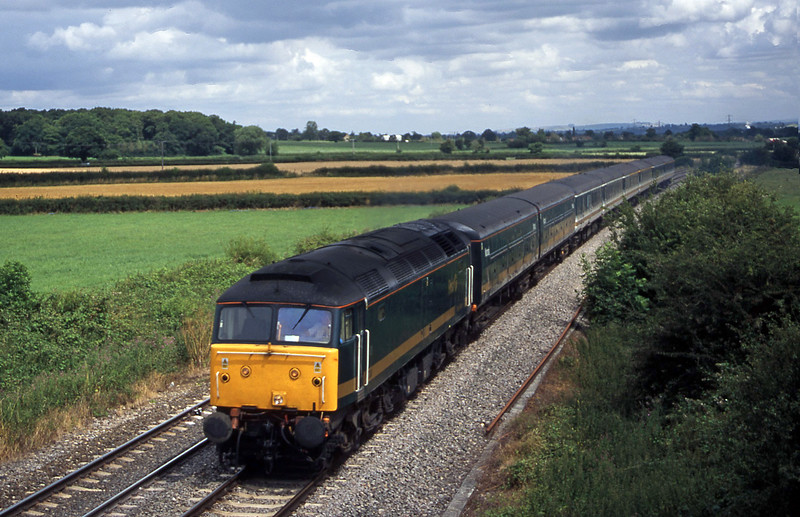 47830, 12.52 London Paddington-Penzance, Berkley Marsh, near Frome,1-8-00.