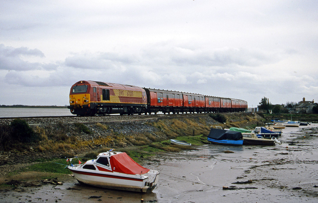 67005, Plymouth-Exeter St David's test train, Cockwood Harbour, near Starcross, 29-2-00.
