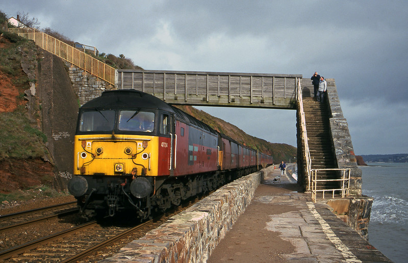 47734, 12.15 Bristol Temple Meads-Plymouth, Dawlish, 29-2-00.