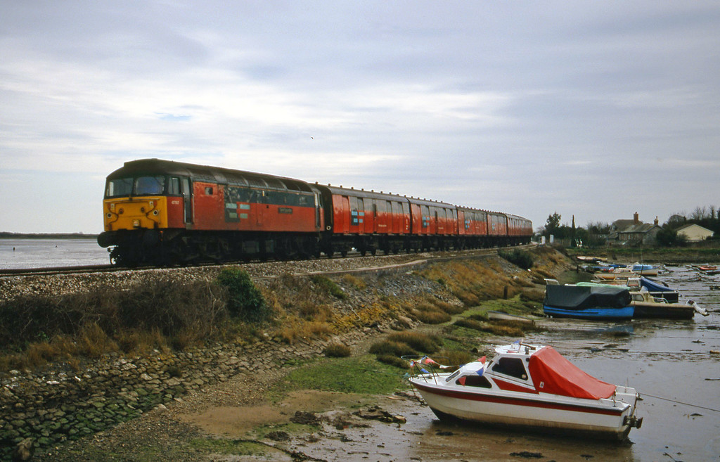 47767, 12.44 Plymouth-Glasgow, Cockwood Harbour, near Starcross, 22-2-00.