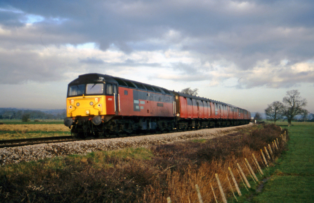 47767, 07.15 Bristol Temple Meads-Plymouth, Powderham, near Exeter, 22-2-00.
