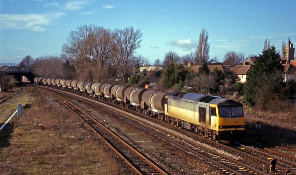 60095, 09.40 Burngullow-Newport Alexandra Dock Junction Yard, Taunton 40 Steps Bridge, 2-2-00.