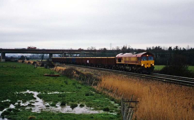 66136, down MEAs, Exminster, near Exeter, 4-2-00.