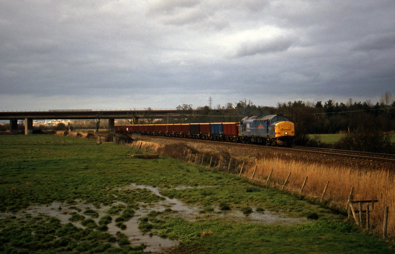 37248, down MEAs, Exminster, near Exeter 12-1-00.