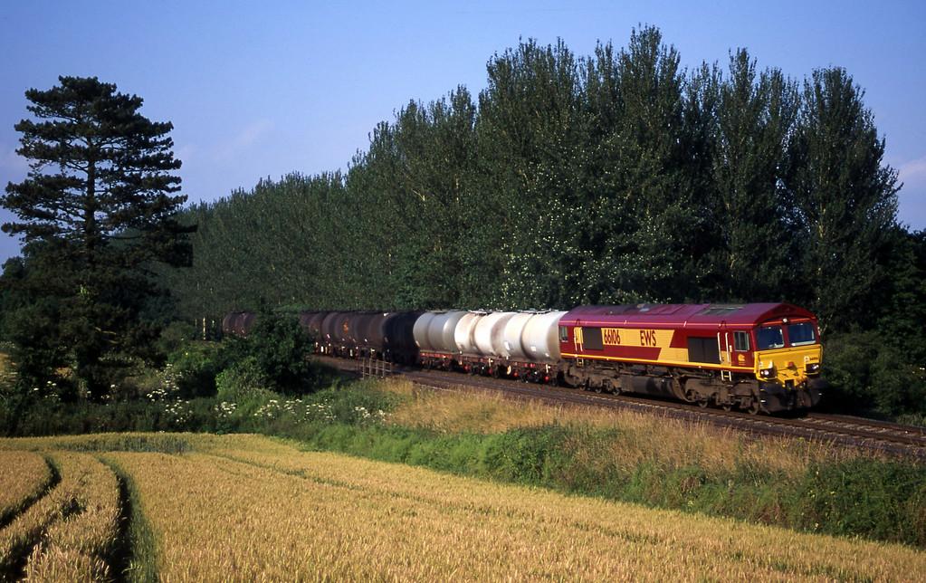 66106, 13.34 Fawley-Plymouth Tavistock Junction Yard, Beambridge, near Wellington, 7-7-00.